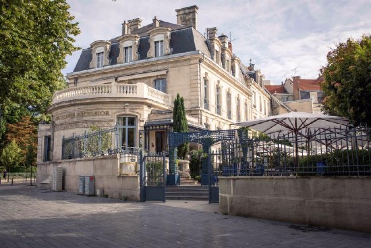 BRASSERIE EXCELSIOR |  CHATEAUX EN FRANCE