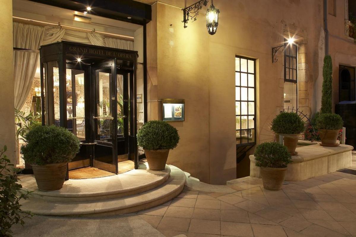 GRAND HOTEL DE L'OPERA |  CHATEAUX EN FRANCE