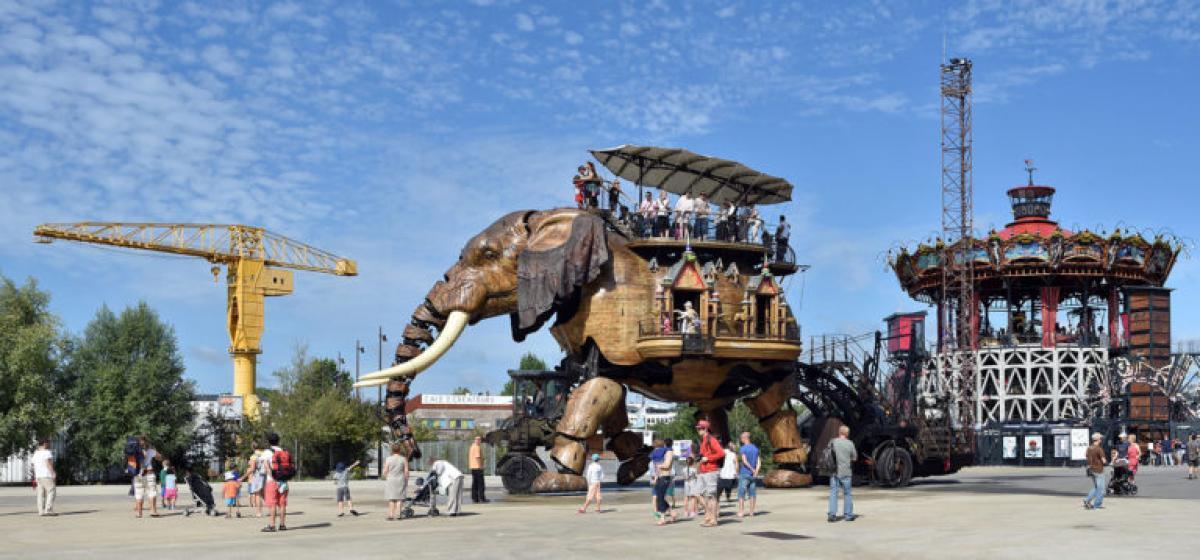 L ILE DES MACHINES |  CHATEAUX EN FRANCE