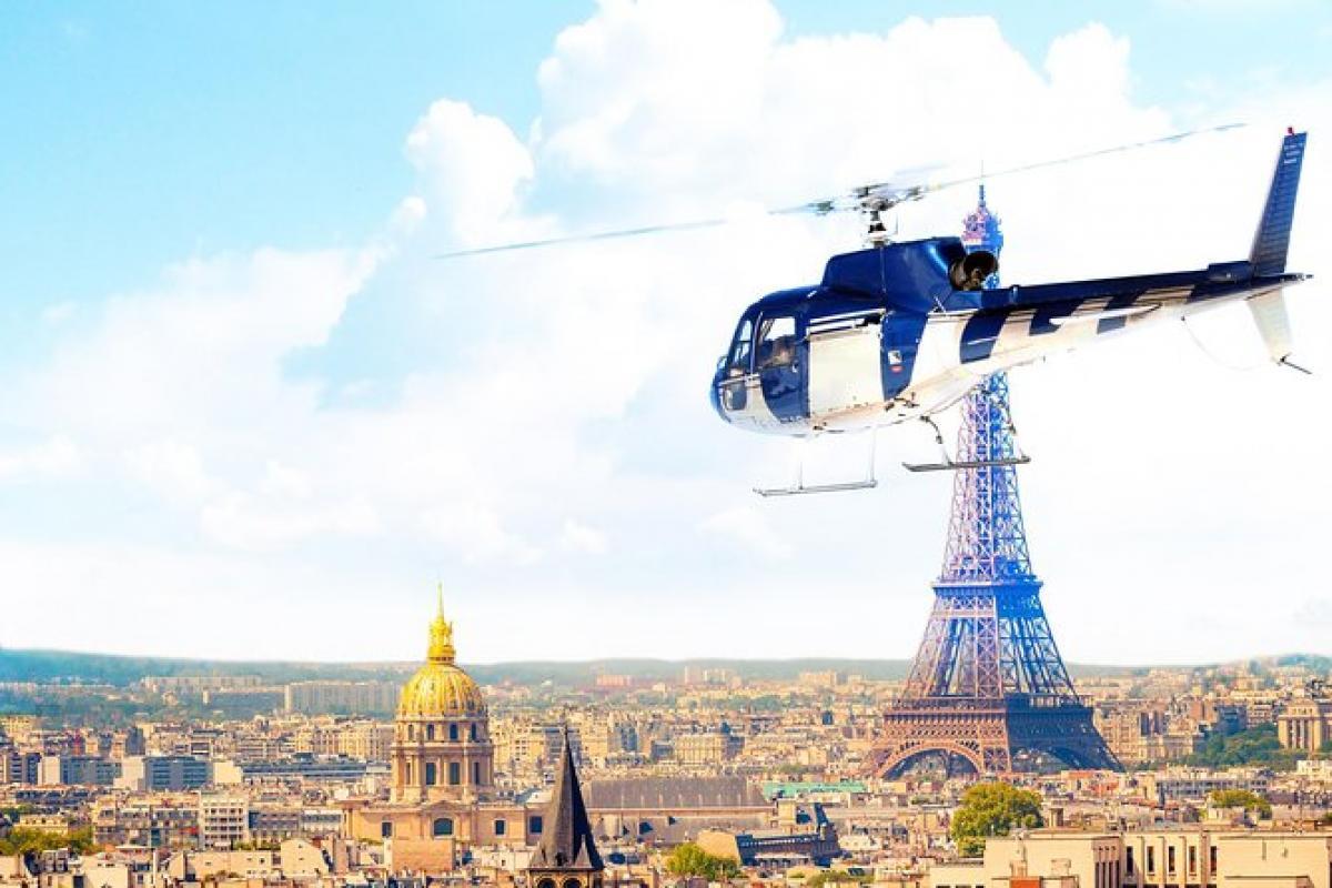PARIS-VERSAILLES EN HELICO. |  CHATEAUX EN FRANCE