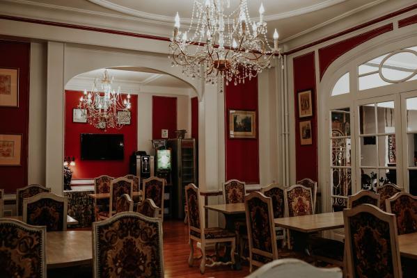 HOTEL CRYSTAL |  CHATEAUX EN FRANCE