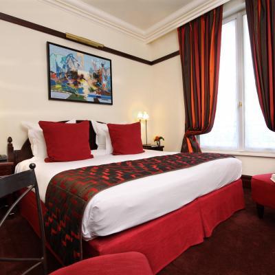 HOTEL PONT ROYAL    CHATEAUX EN FRANCE